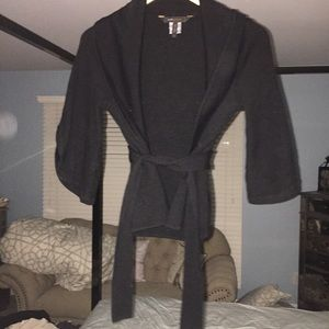 EUC BCBGMaxAzria Black Crop Tie Front Knit Sweater